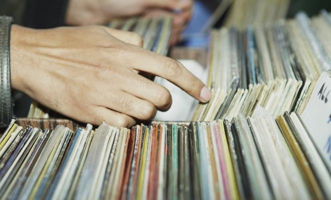 vinyl-750x400